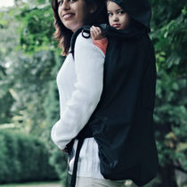 Cover Babywearing – Black – BundleBean